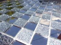 Мозаика и зеркальная плитка - фото